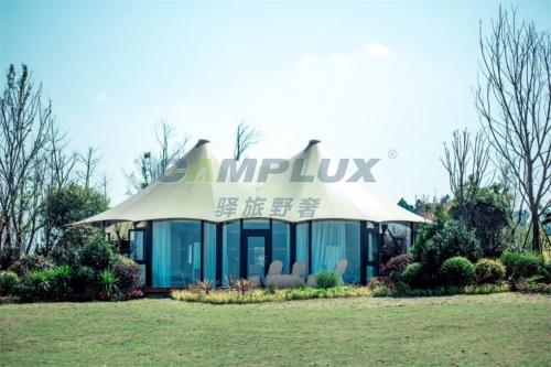 野奢帐篷外形与传统的篷房有点相似