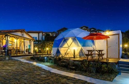 野奢帐篷酒店可以拥有一个更高舒适度
